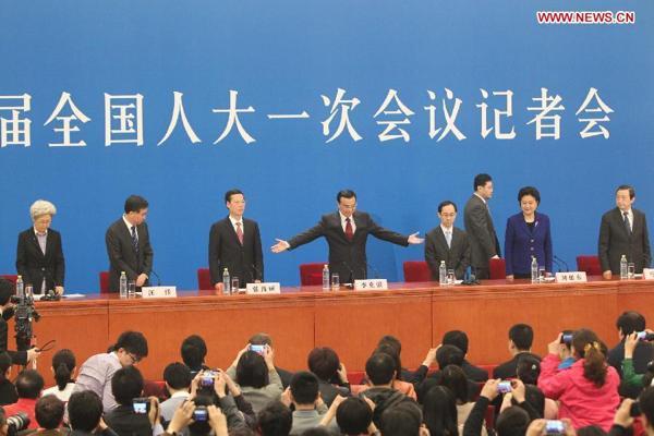 Premier Li Keqiang meets the press:null