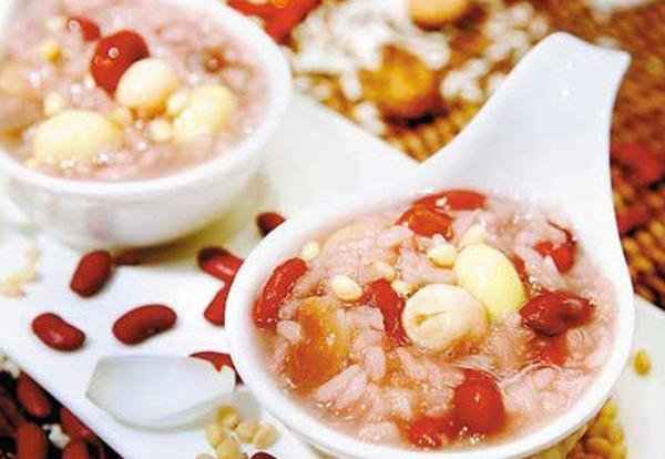 Chinese celebrate Laba Festival:null