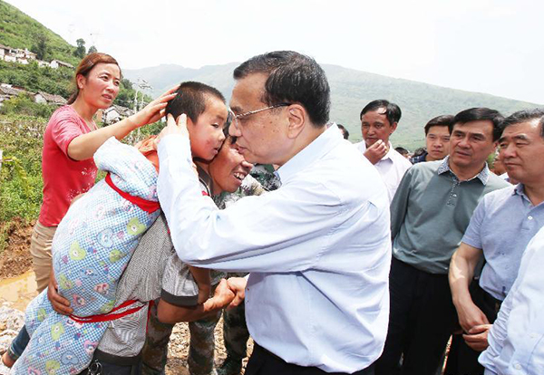 Premier Li arrives in epicenter for disaster relief:null