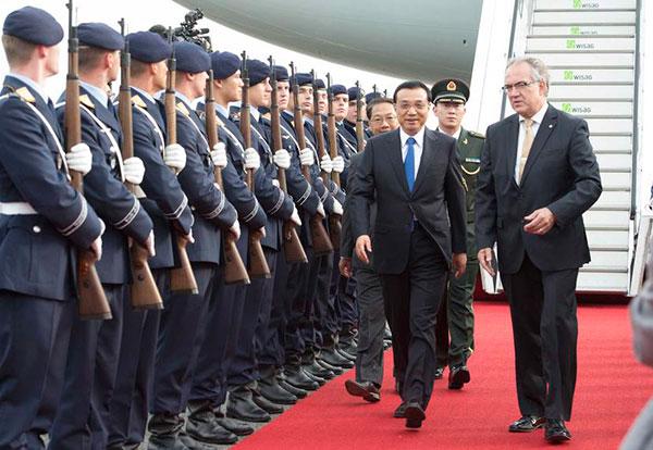 Premier arrives in Berlin for official visit:null