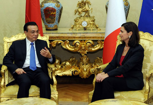 Li Keqiang calls for more exchanges between Chinese and Italian lawmakers:null