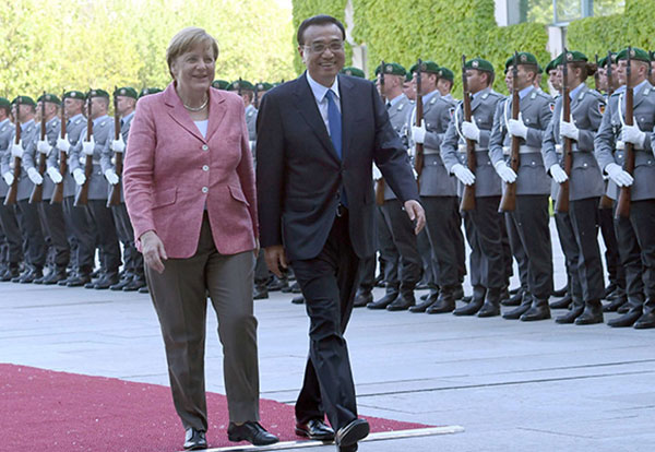Premier: China, Germany should promote trade liberalization:null