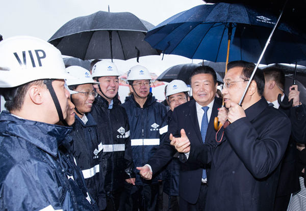 Premier Li visits Peljesac Bridge with Croatia's PM:null