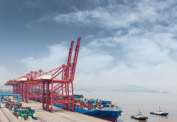 China's foreign trade up 4.2% in first seven months:null