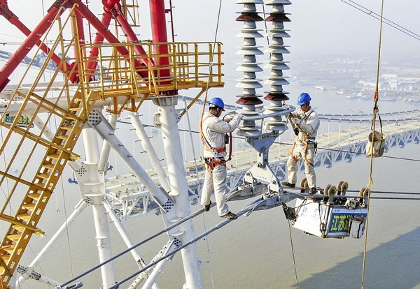 Construction of new cross-Yangtze power line completed:null