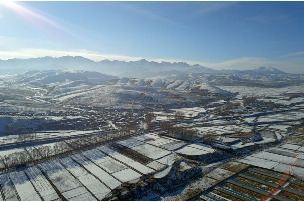 Snow scenery of Qilian Mountains in NW China's Gansu:null