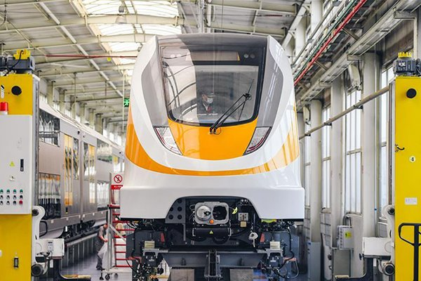 New-generation middle-to-low-speed maglev train produced in Changchun:null