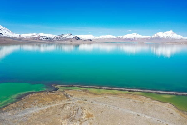 Scenery of Tangqung Co Lake in Nagchu, China's Tibet:null
