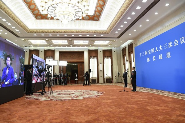 Ministers interviewed after 2nd plenary meeting of 3rd session of 13th NPC:null