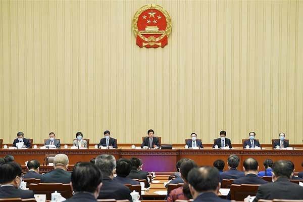 Presidium of China's annual legislative session holds 3rd meeting:null