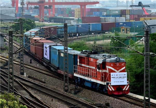 Freight trains to Europe from China's Yiwu increase by 151% in H1:0
