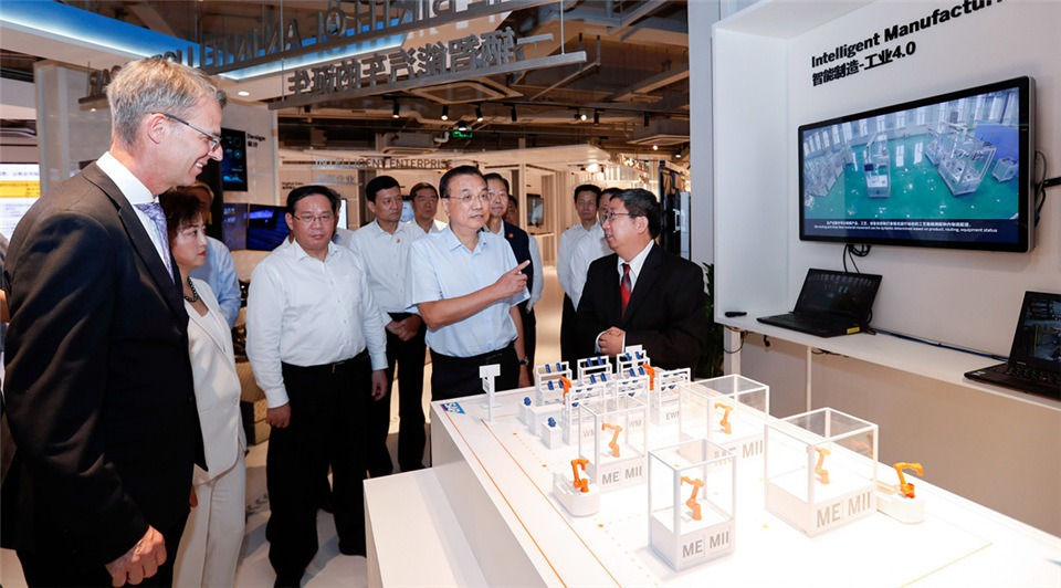 Premier Li presses for further opening-up to boost manufacturing:3