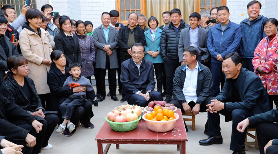 Premier shows care about incomes, employment of rural residents:1