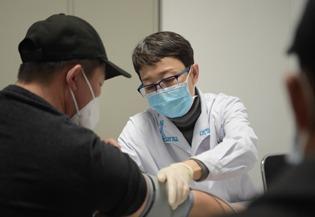 China to improve employee basic medical insurance:0