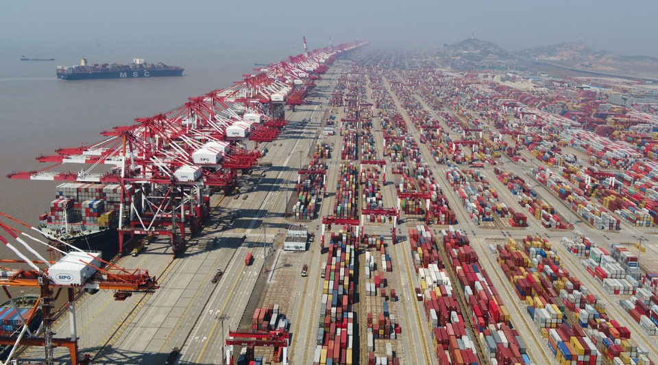 China's foreign trade rises to record high:1
