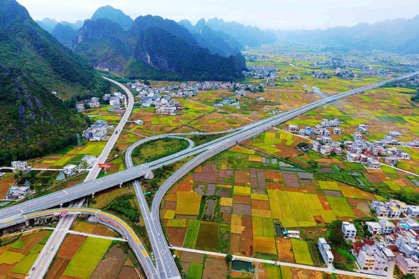 china has 130 000 km of highways the most in the world