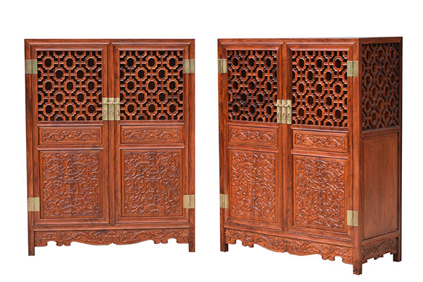 Two Cabinets Made Of Huanghuali Are Available At An Auction On Dec 4 In  Beijing.[Photo/Provided To China Daily]